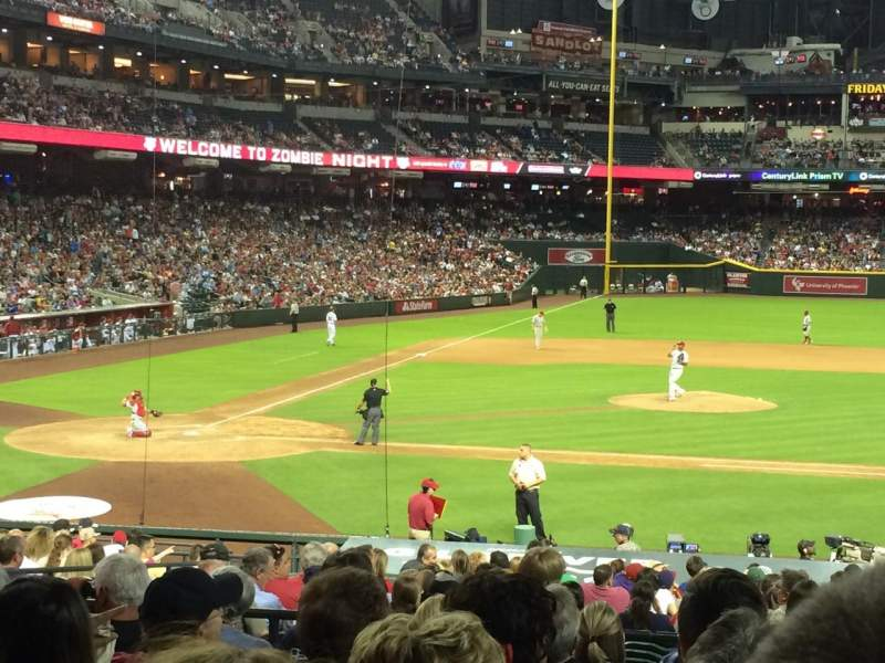 Seating view for Chase Field Section 117 Row 28 Seat 8