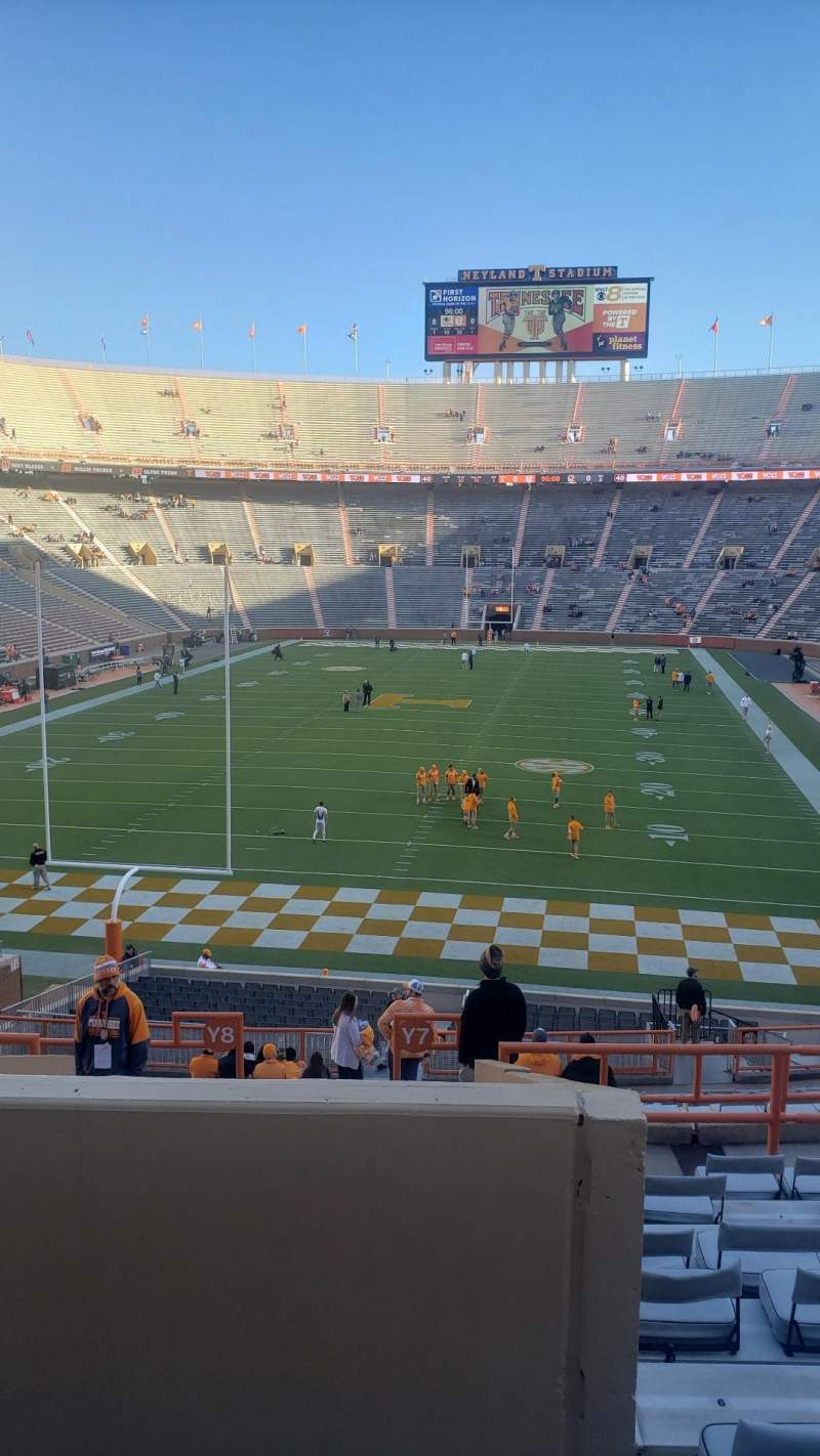 Seating view for Neyland Stadium Section Y7 Row 26 Seat 11