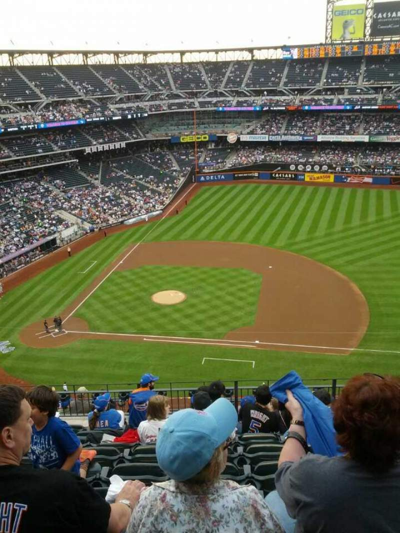 Seating view for Citi Field Section 507 Row 9 Seat 14