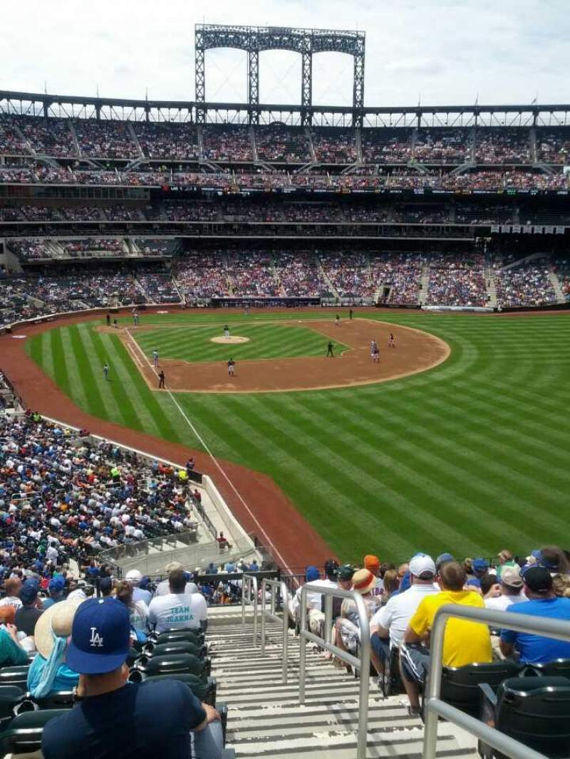 Seating view for Citi Field Section Pepsi Porch Row 13 Seat 17