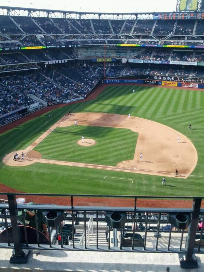 Seating view for Citi Field Section 507 Row 3 Seat 13