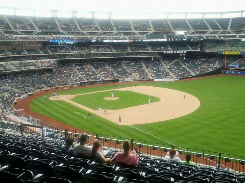 Seating view for Citi Field Section 307 Row 9 Seat 16