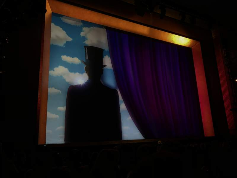 Lunt-Fontanne Theatre, section: Orchestra, row: M, seat: 11