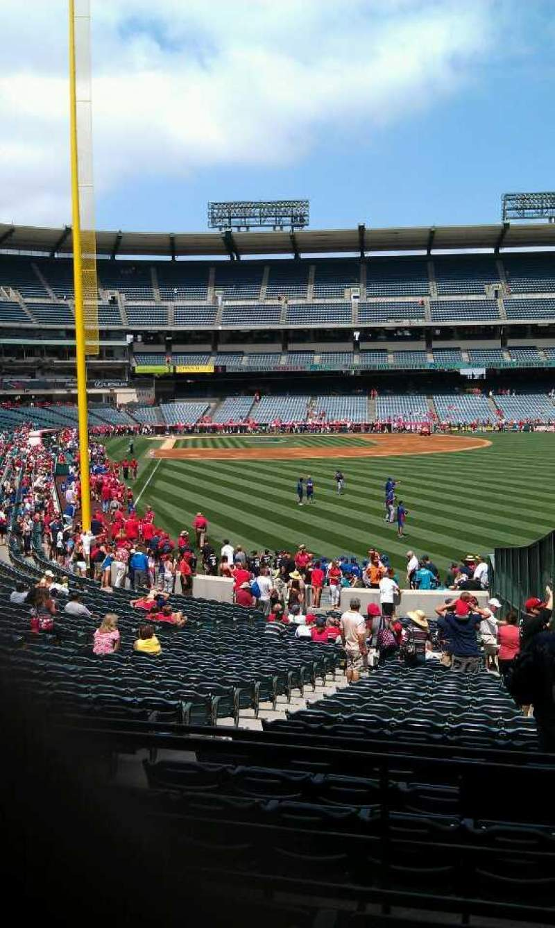 Seating view for Angel Stadium Section 233 Row d Seat 18