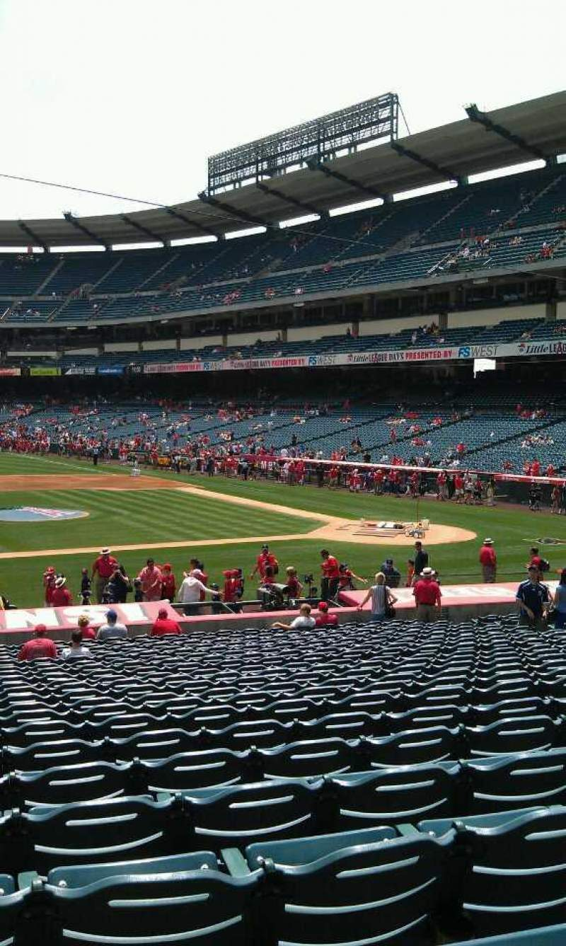 Seating view for Angel Stadium Section F112 Row z  Seat 1
