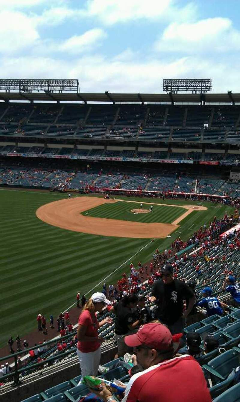 Seating view for Angel Stadium Section V404 Row j Seat 1