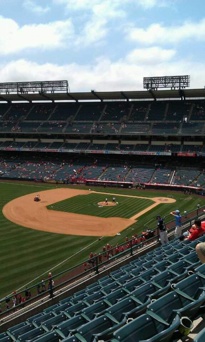 Seating view for Angel Stadium Section 408 Row h  Seat 1