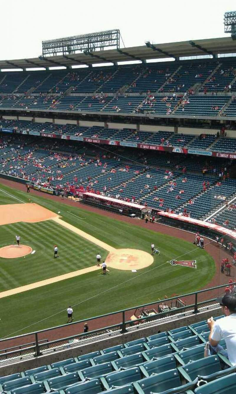Seating view for Angel Stadium Section V412 Row j Seat 2