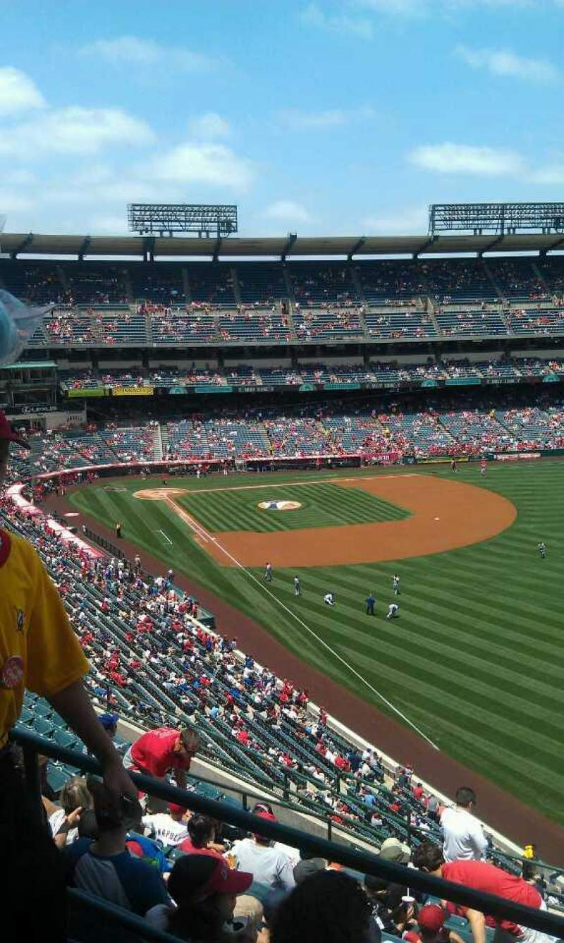 Seating view for Angel Stadium Section V536 Row a Seat 17