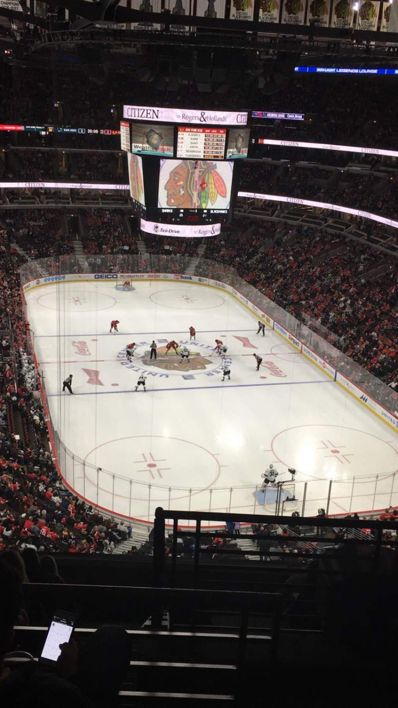 Seating view for United Center Section 328 Row 11 Seat 1
