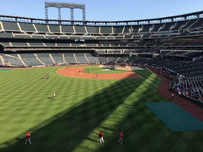 Citi Field, section: 334, row: 1, seat: 20