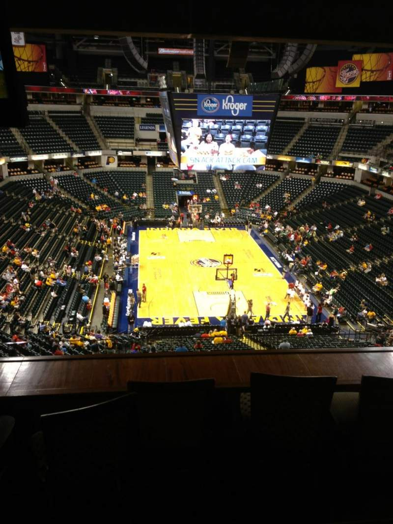 Seating view for Bankers Life Fieldhouse Section Varsity Clib Row Snack Long Seat 213