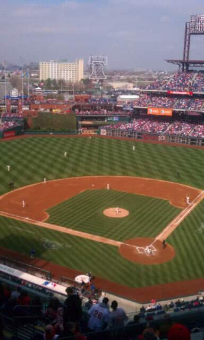 Seating view for Citizens Bank Park Section 422 Row 4 Seat 24