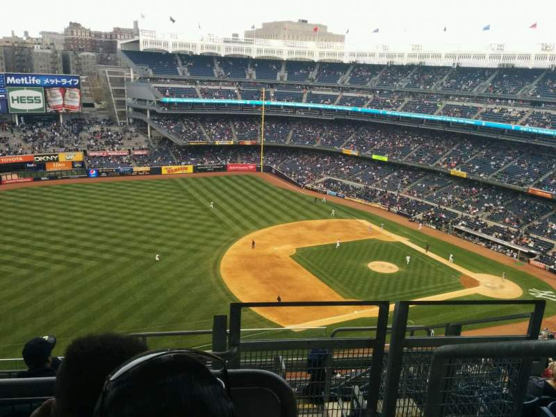 Seating view for Yankee Stadium Section 428 Row 8 Seat 1