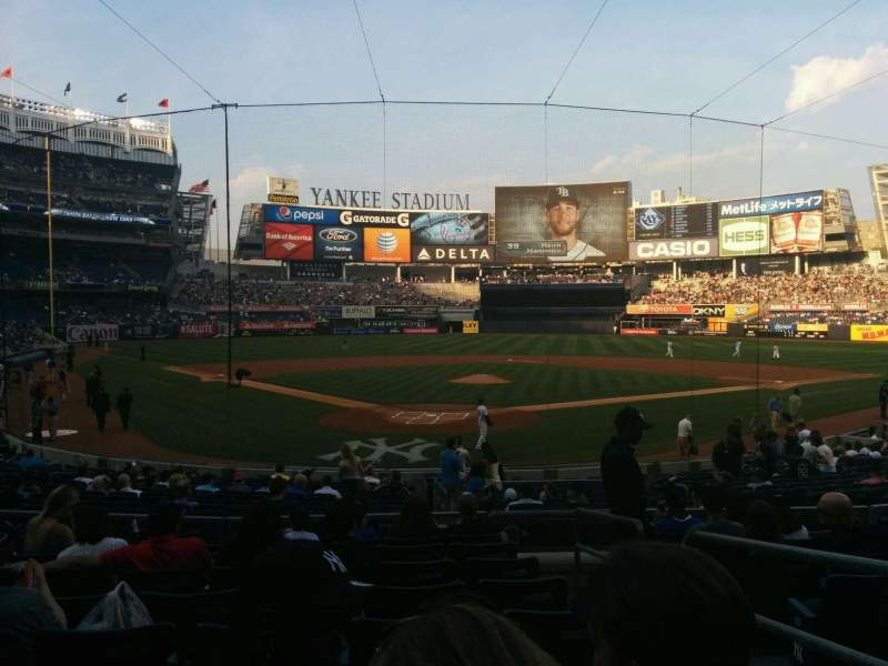 Seating view for Yankee Stadium Section 120a Row 20 Seat 2
