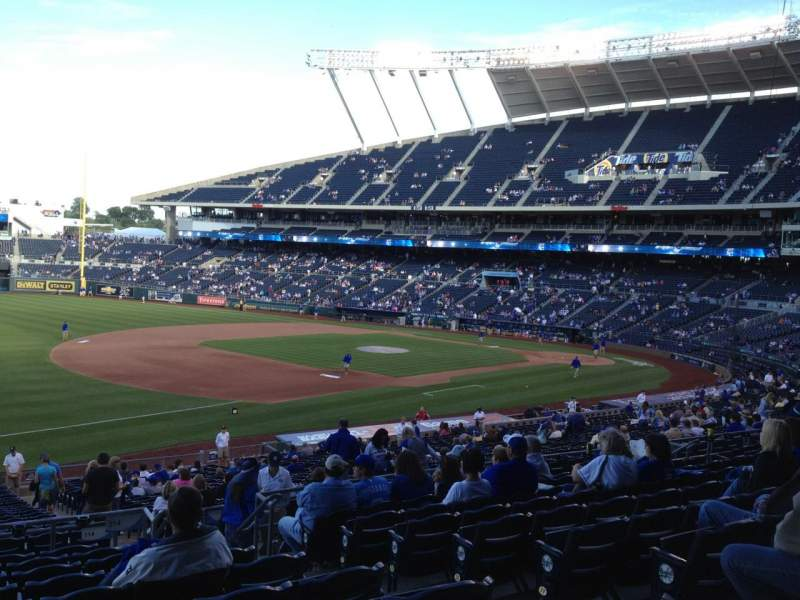 Seating view for Kauffman Stadium Section 214 Row KK Seat 9