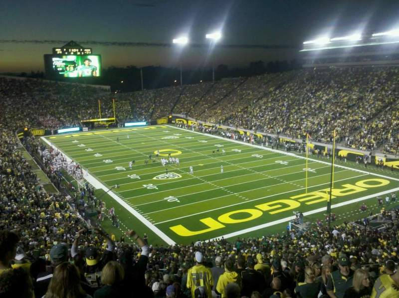 Seating view for Autzen Stadium Section 24 Row 60 Seat 6