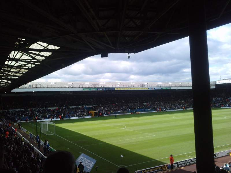 Seating view for Elland Road Section SE1 Row J Seat 0018