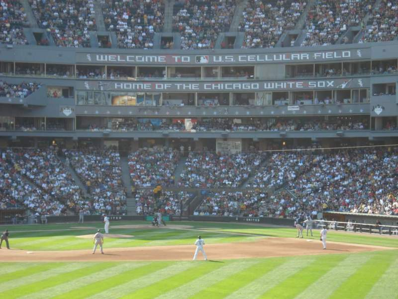 Seating view for Guaranteed Rate Field Section 161