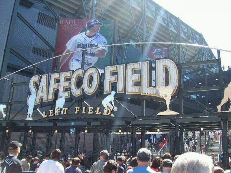 Seating view for Safeco Field Section Entrance