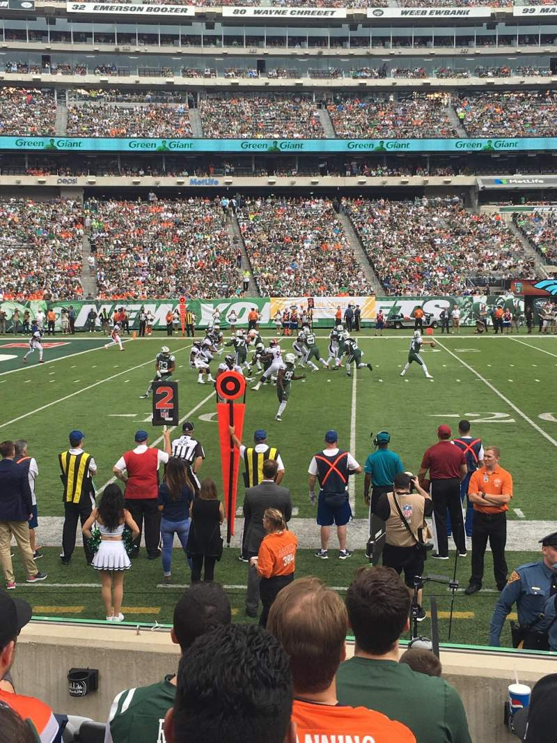 Seating view for MetLife Stadium Section 142 Row 6 Seat 20