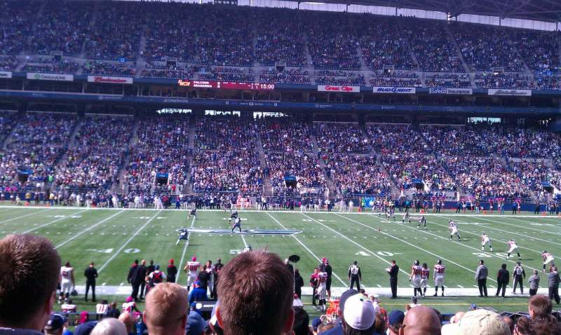 Seating view for CenturyLink Field Section 109 Row S Seat 19