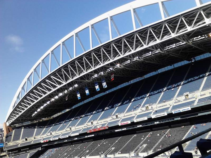 Seating view for CenturyLink Field Section 323 Row B Seat 11