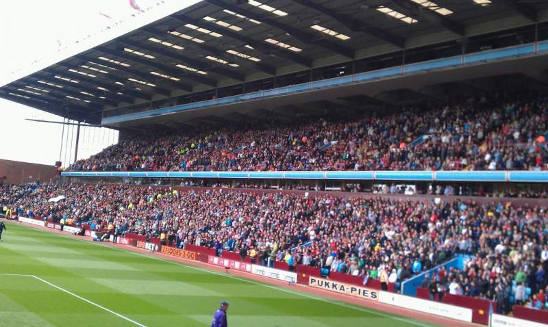 Seating view for Villa Park Section L3 Row O Seat 103