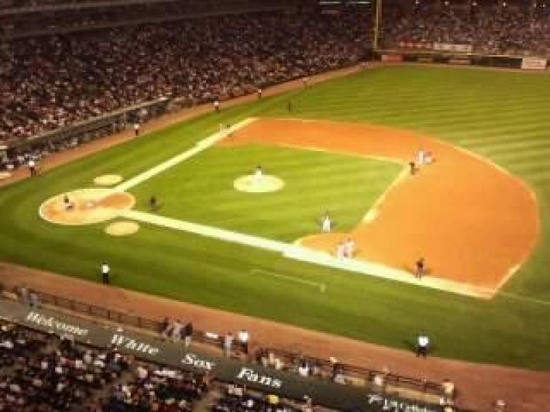 Seating view for Guaranteed Rate Field Section 524