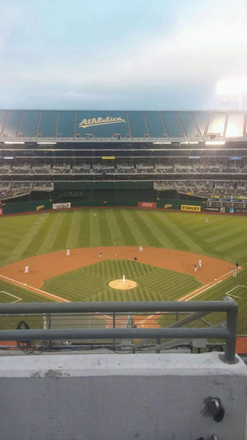 Seating view for Oakland Alameda Coliseum Section 318 Row 8 Seat 2