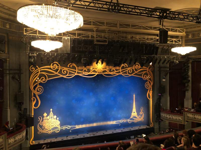 Seating view for Broadhurst Theatre Section Mezzanine L Row H Seat 3