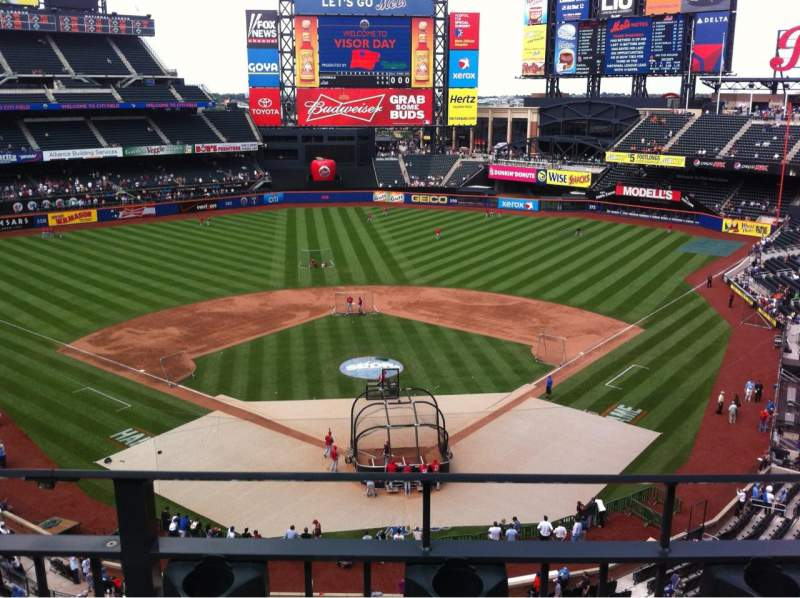 Seating view for Citi Field Section 415 Row 12 Seat 12