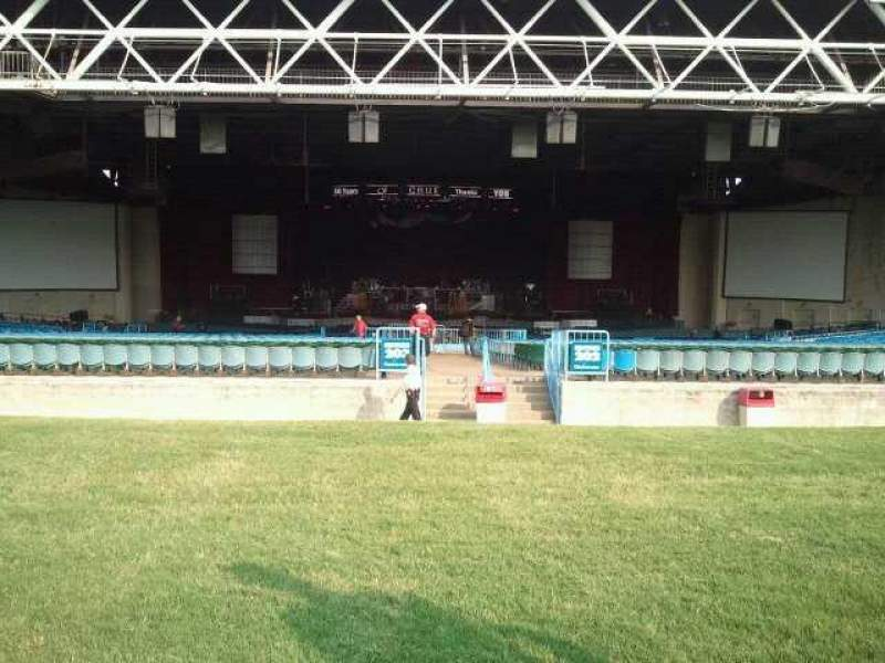 Seating view for Dos Equis Pavilion Section Lawn