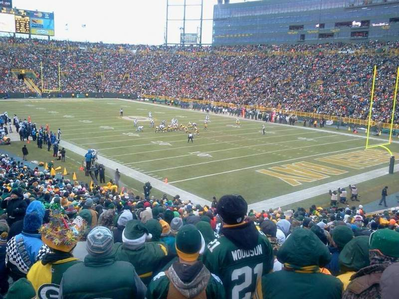 Seating view for Lambeau Field Section 107 Row 35 Seat 28