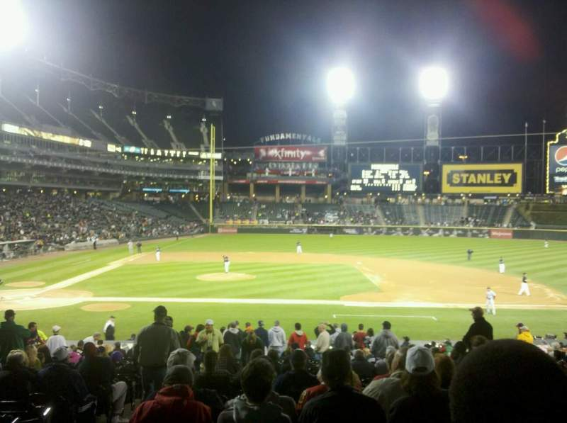 Seating view for Guaranteed Rate Field Section 125 Row 28 Seat 9