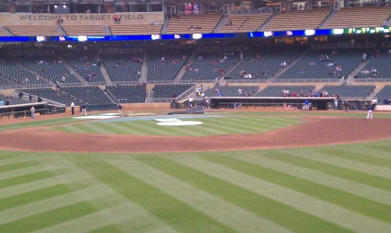 Seating view for Target Field Section 133 Row 1 Seat 9