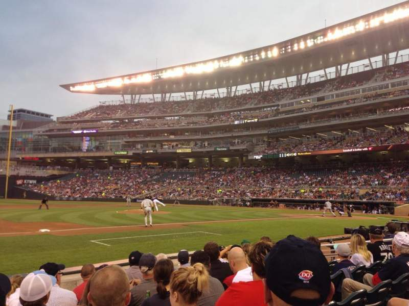 Seating view for Target Field Section 14 Row 6 Seat 16