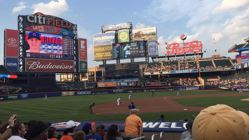 Seating view for Citi Field Section 122 Row 15 Seat 16