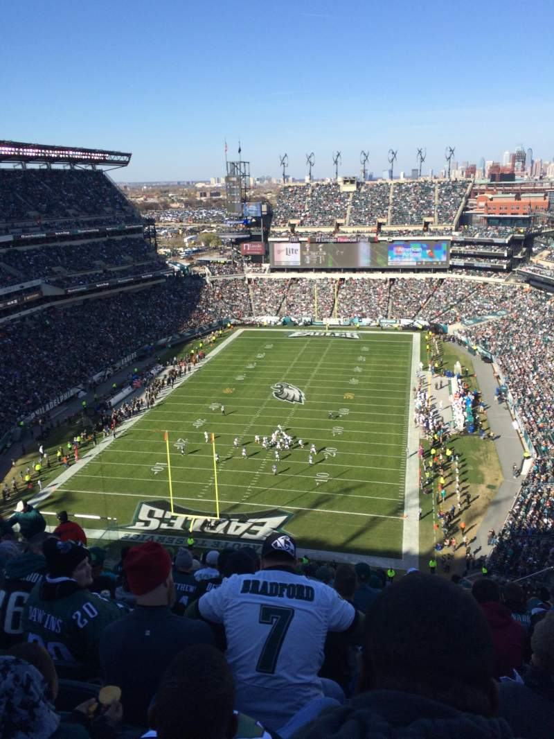 Seating view for Lincoln Financial Field Section 215 Row 35 Seat 20