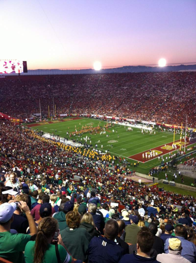 Seating view for Los Angeles Memorial Coliseum Section 2H Row 93 Seat 119
