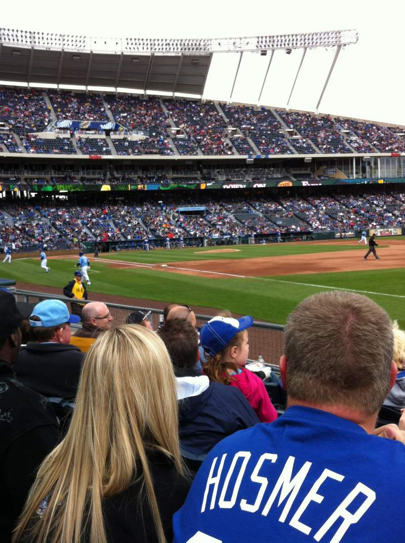 Seating view for Kauffman Stadium Section 141 Row F Seat 6