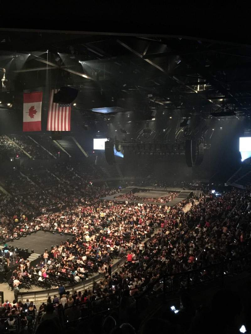 Nassau Veterans Memorial Coliseum, section: 209, row: 7, seat: 7