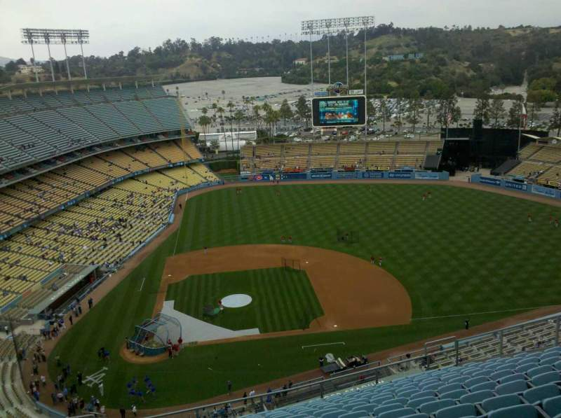 Seating view for Dodger Stadium Section 12TD Row R Seat 6
