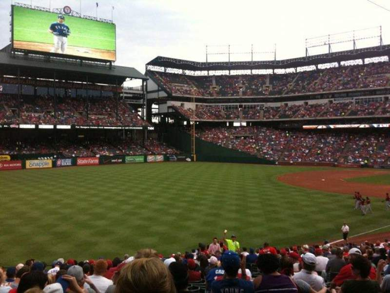 Seating view for Globe Life Park in Arlington Section 11 Row 29 Seat 11
