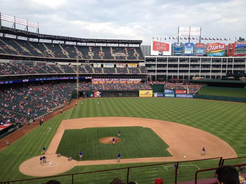 Seating view for Globe Life Park in Arlington Section 231 Row 6 Seat 9