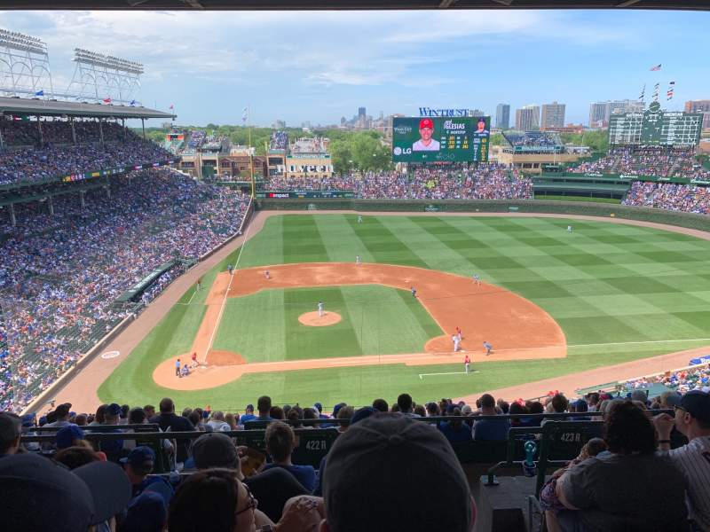 Seating view for Wrigley Field Section 422R Row 5 Seat 19
