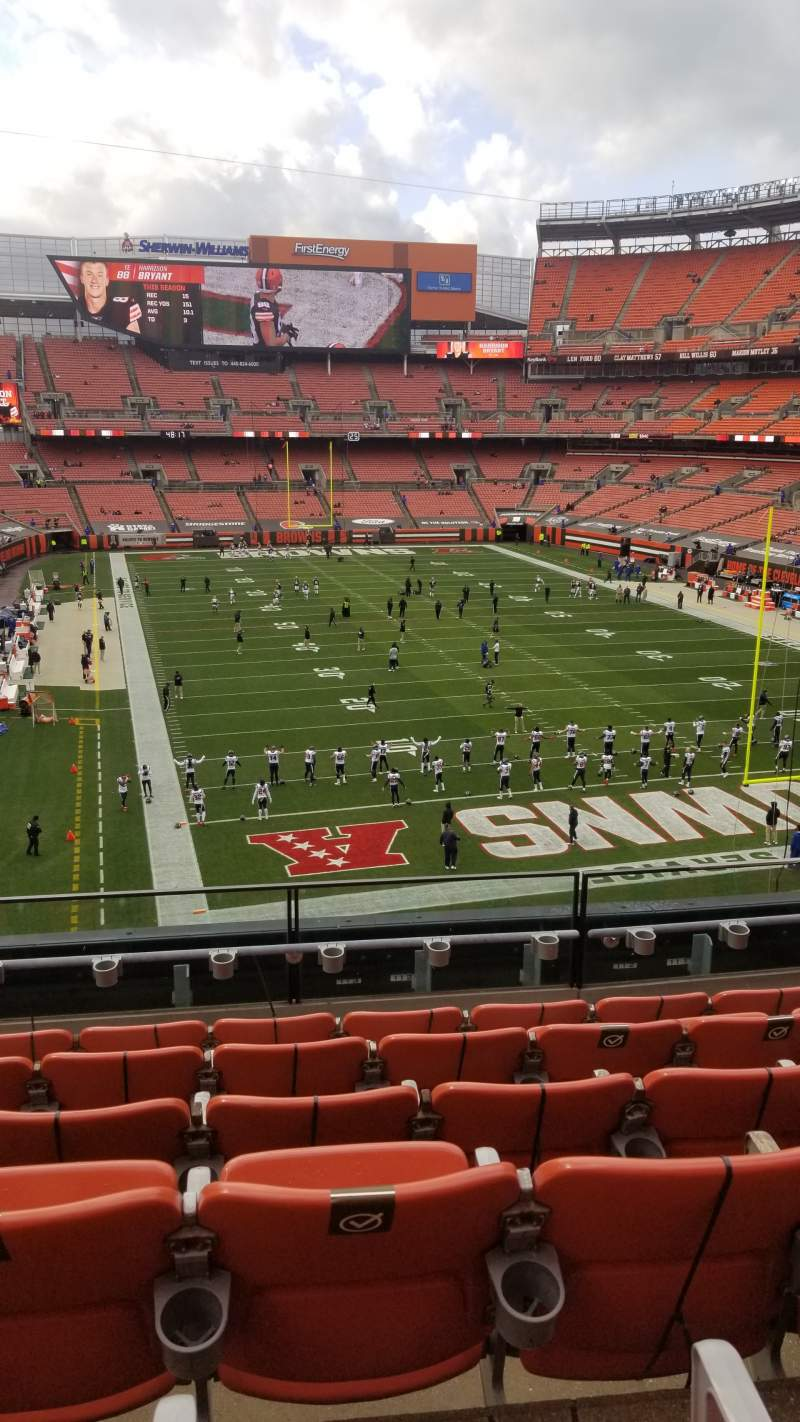 Seating view for FirstEnergy Stadium Section 318 Row 6 Seat 9