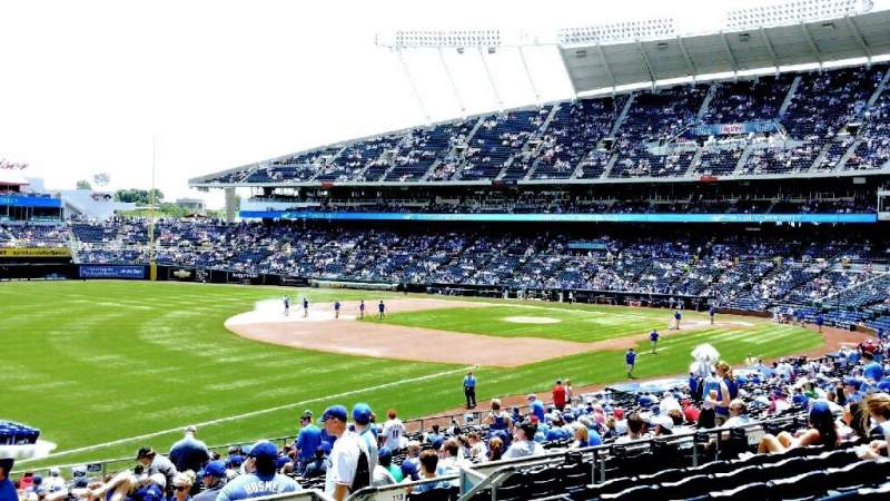 Seating view for Kauffman Stadium Section 212 Row JJ Seat 8