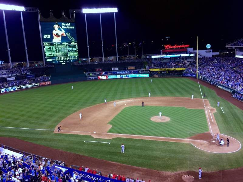 Seating view for Kauffman Stadium Section 413 Row A Seat 19