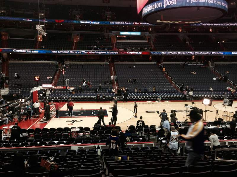 Capital One Arena, section: 121, row: O, seat: 15